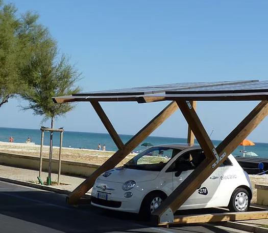 Pensialina Fotovoltaica - Green Vehicles - Veicoli elettrici - Jesi - Italia